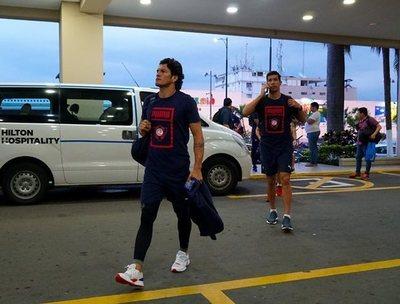 Cerro Porteño se instala en Guayaquil y espera por Barcelona