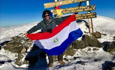 Un paraguayo en la cima de África