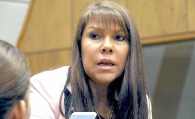 HOY / Facturas falsas y clonadas en PLRA: piden renuncia de Alegre para evitar catástrofe electoral
