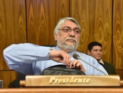 Informe revela que Lugo fue el que más funcionarios contrató en la EBY