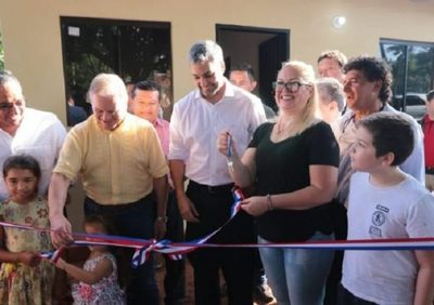 Inauguran nueva conexión vial y viviendas sociales en Central