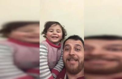 Padre sirio inventó un juego para hace reír a su hija cada vez que caen bombas