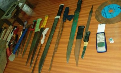 Requisan armas en cateo a cárcel de San Pedro