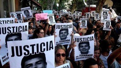 Argentina: miles se movilizaron pidiendo justicia por Fernando Báez