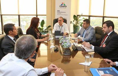 Itaipú y UNA en alianza para respaldar acciones sobre energía renovable