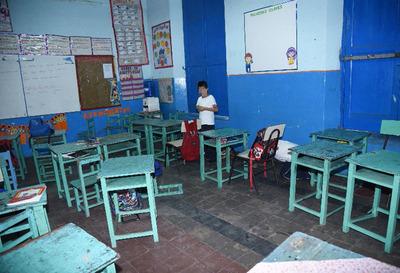 Asunción: otra escuela en ruinas a puertas del inicio de clases