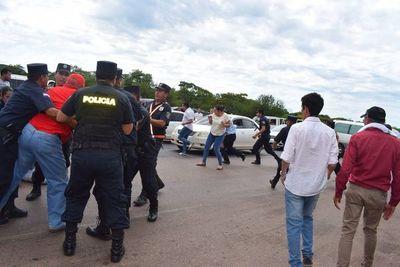 Hurreros de Cuevas: Detienen a ex subcomandante de Policía en cierre de ruta