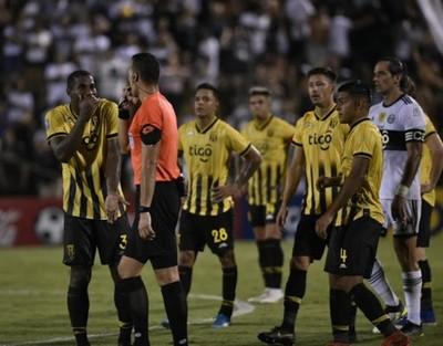 Medida que plantea el Club Guaraní 'es una cosa totalmente aberrante, es un acto temerario', dice abogado