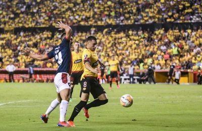 Cerro Porteño cae, pero trae un resultado remontable