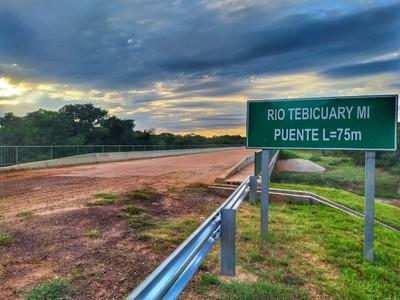 Mejoramiento de caminos rurales beneficia a 355.000 compatriotas en tres departamentos