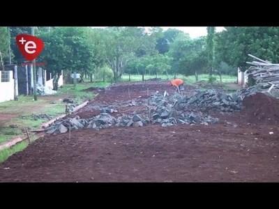 MUNICIPIO ENCARNACENO EJECUTA OBRAS DE REPARACIÓN DE CAMINOS RURALES