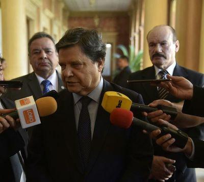 """Acevedo sobre renuncia de Sosa Pasmor: """"Tengo entendido que tiene mejores ofertas políticas"""""""