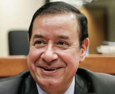 """""""Miguel Cuevas cumplirá con la orden judicial"""", según confirma su abogado, Carlos Villamayor"""