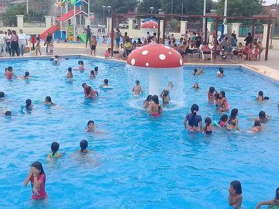 Conozca el parque acuático público y gratuito de Formosa