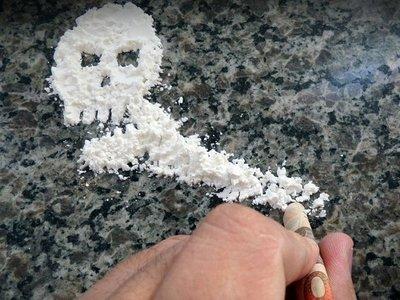 Condenan a hombre por posesión y comercialización de droga