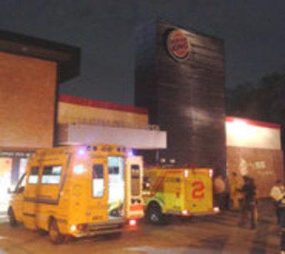 Principio de incendio en un local de Burger King