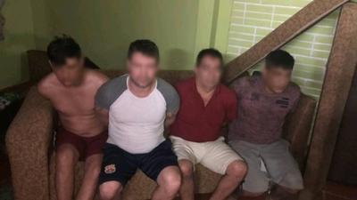 HOY / Detienen a 4 hombres y aclaran 10 asaltos a servicentros