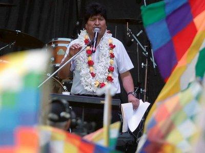 """Evo Morales ve otro """"golpe"""" en el rechazo a su candidatura a senador"""