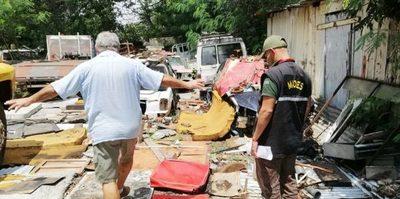 Intervienen taller por supuesto mal manejo de residuos en Asunción