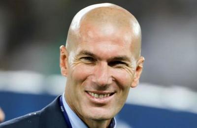 La curiosa reacción de un automovilista al ver que había sido chocado por Zidane