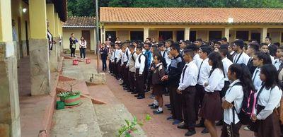 Cordillera: se inician clases, pero niños del jardín no recibieron útiles
