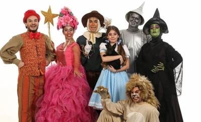 """HOY / La obra teatral """"El Mago de Oz"""" llega con funciones al Teatro Latino"""