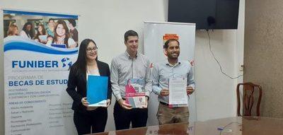 Materializan convenio para otorgar becas internacionales a jóvenes de Alto Paraná