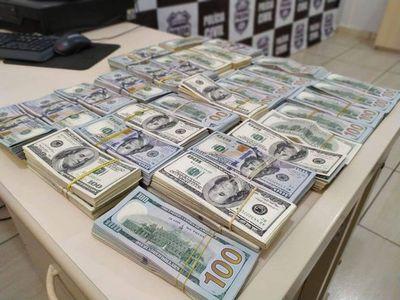 Requisan 500.000 dólares transportados en auto paraguayo