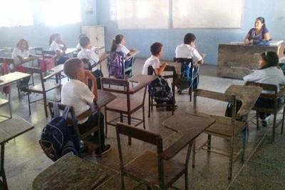 Preocupan cifras de abandono en la secundaria