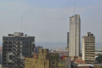 Humareda en Asunción fue a causa de incendios en el sur
