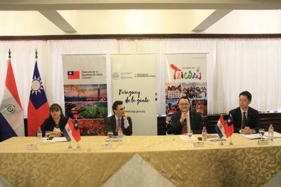 Taiwán ofrece 52 becas a jóvenes paraguayos