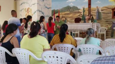 HOY / Trasladan a cura-policía tras informe periodístico
