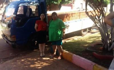 Fiscalía dona materiales de construcción para hogar Las Tías
