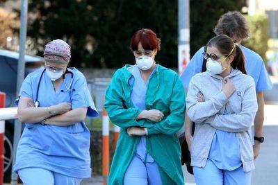Gran inquietud fuera de China tras muerte de dos europeos por coronavirus