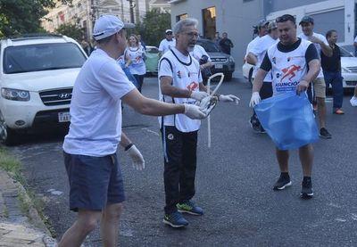 Juntan una tonelada de basura en jornada de limpieza en Asunción