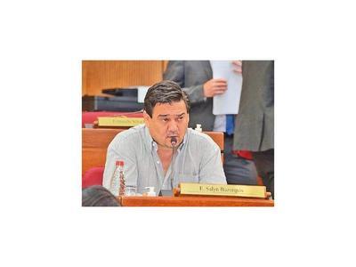 Buzarquis niega ser tesorero del PLRA y pide  auditorías