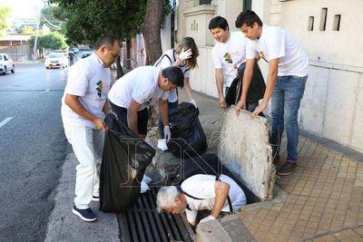 Realizan plogging contra el dengue