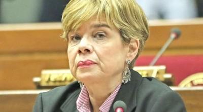 Senadora Desirée Masi defiende a Bachetta por la presión a jueces y fiscales