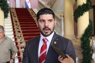 """Óscar Rodriguez cumple dos meses como intendente y desafía a """"sectores poderosos"""""""