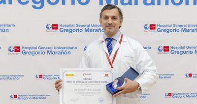 Médico paraguayo es galardonado en España