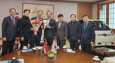 Fabricantes coreanos de vehículos eléctricos visitarán Paraguay
