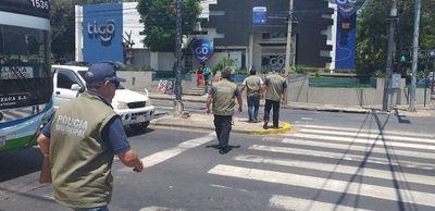 Intendente de Asunción lamentó falta de acompañamiento de la Policía para sacar a los cuidacoches y limpiavidrios de las calles