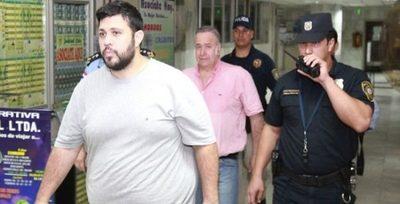 Fijan audiencia preliminar para Oscar González Daher y su hijo