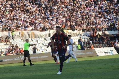 Churín, el gol en el superclásico y una dura crítica al VAR