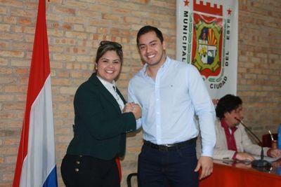 Concejala María Portillo niega audio sobre plan de amañar licitaciones