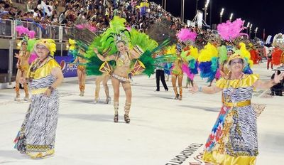 Festejos de carnaval en Encarnación generaron ganancias para la ciudad