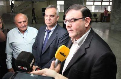 Tomás Rivas posterga nuevamente audiencia pero niega ser chicanero