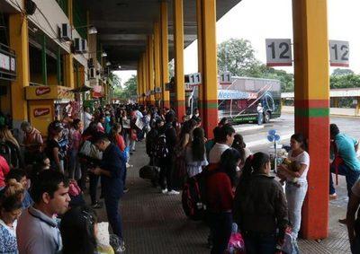 El Ministerio de la Niñez retiró a más de 700 niños en situación vulnerable en la zona de la Terminal durante este periodo.