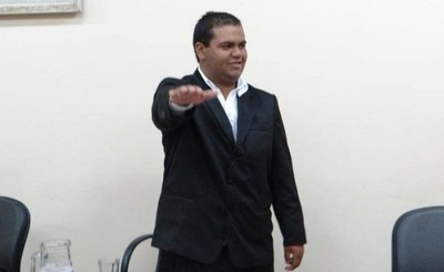 """Piden a Mario Abdo que no se """"extienda tanto"""" para la intervención de la comuna de PJC"""