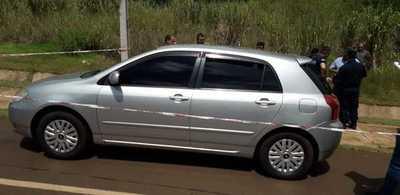 Encuentran muertas a dos mujeres dentro de un automóvil sobre la avenida Perú